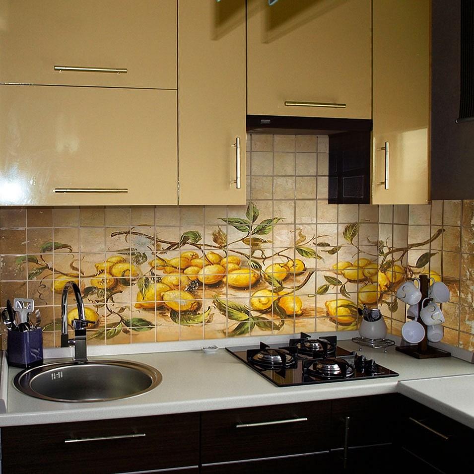 Кафель с сублимацией в интерьере кухни